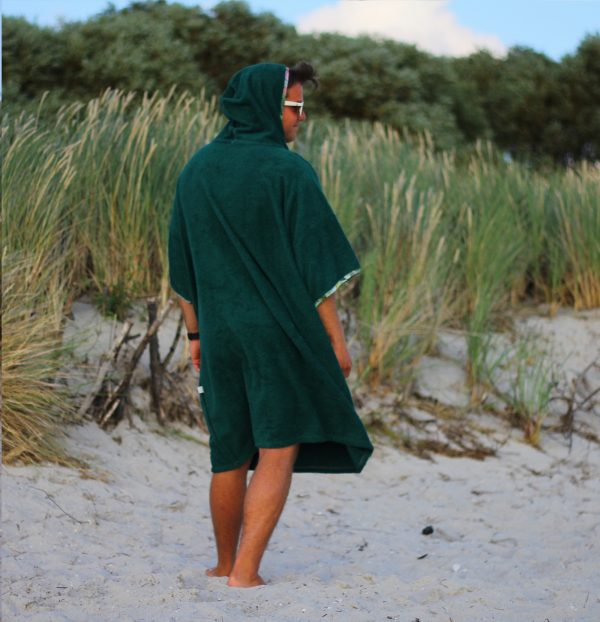 surf poncho forest 7