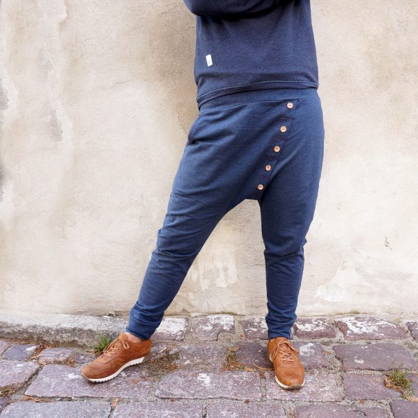 tracksuit_wooden_ buttons_08